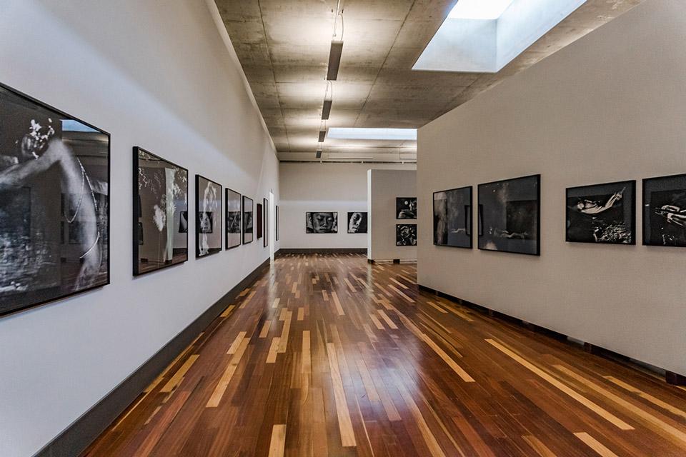 Parte interna da Galeria Claudia Andujar no Inhotim - Foto: Pedro Sales | PS Foto Design