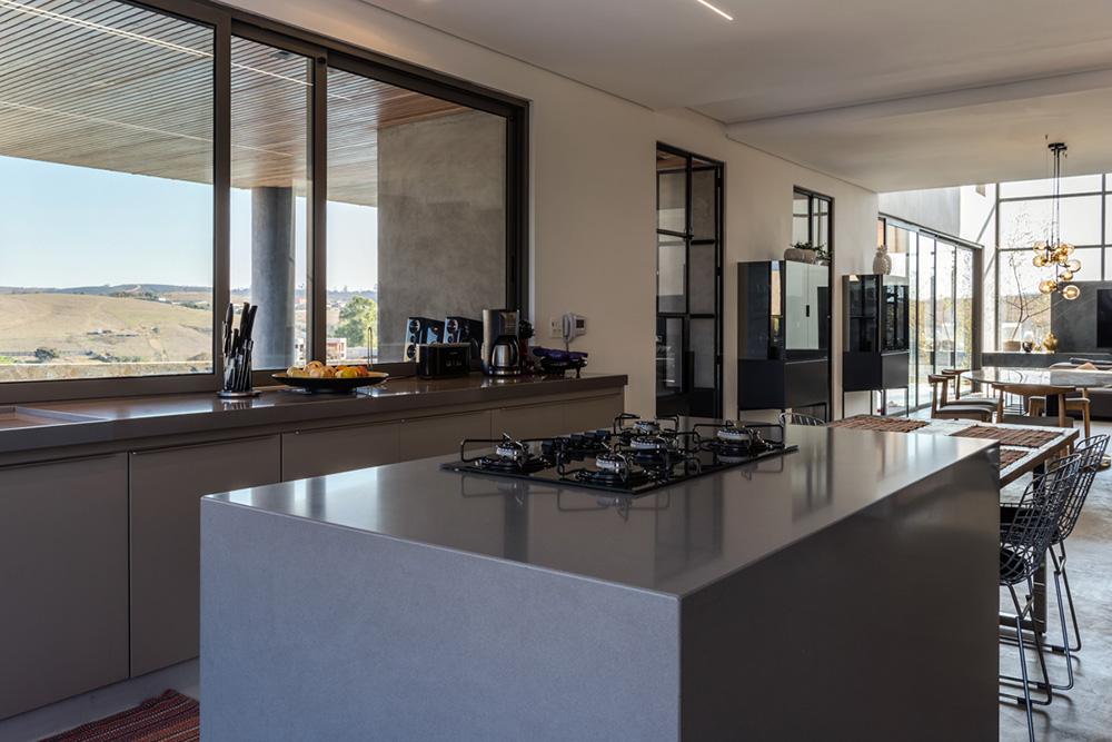 Cozinha da residência em São João Del Rei - Foto Pedro Sales